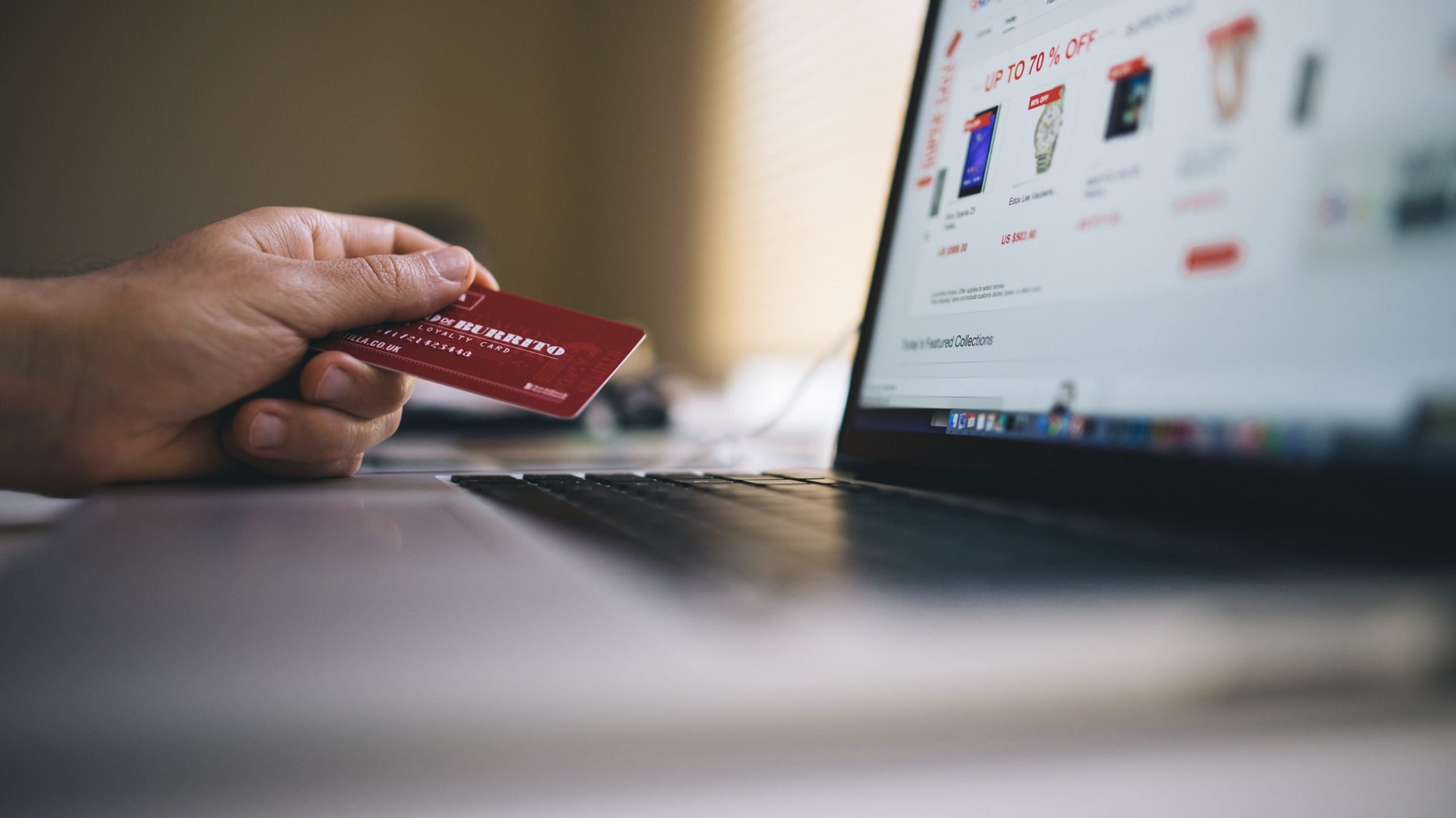 online shopping at early stage helps reduce risk for entrepreneurs